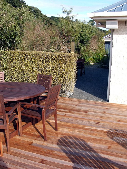 Outdoor Living And Courtyard Areas Hutt Valley